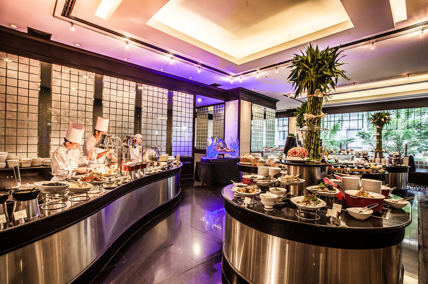 Hotel With Best Breakfast Lunch Amp Dinner Buffet Sukhumvit